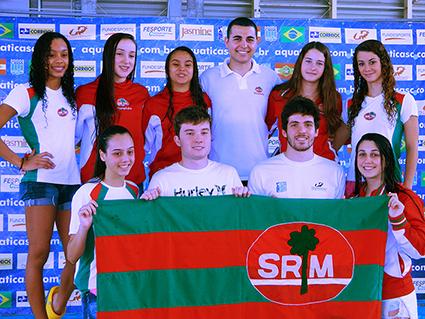 Atletas e técnico de natação do Mampituba representarão SC