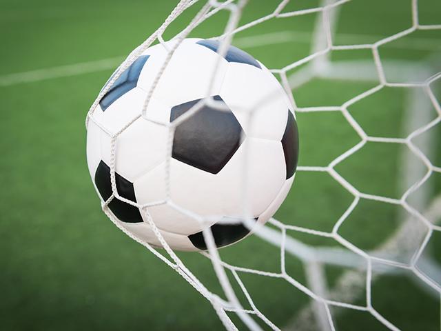 Goleada marca início da VIII Copa Fátima Esportes de Futebol Suíço Aberto