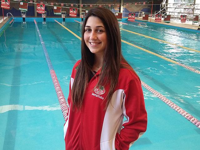 Atleta de natação é convocada para a seleção catarinense