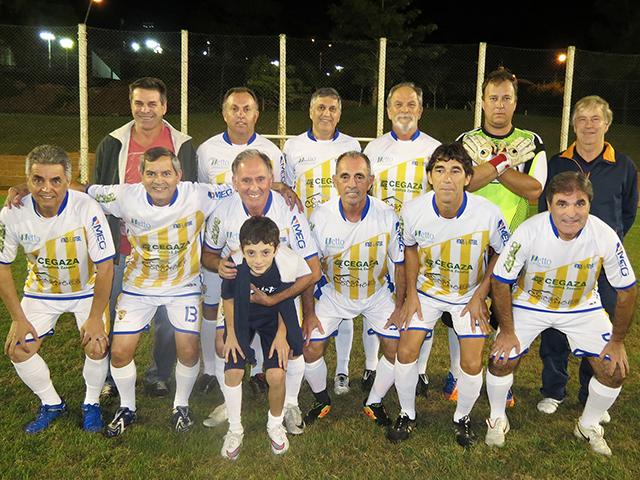 Copa de futebol veterano realiza penúltima rodada antes das semifinais