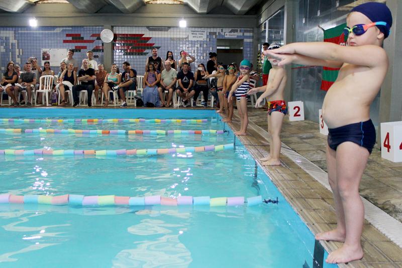 Sábado de competições aquáticas no Mampituba
