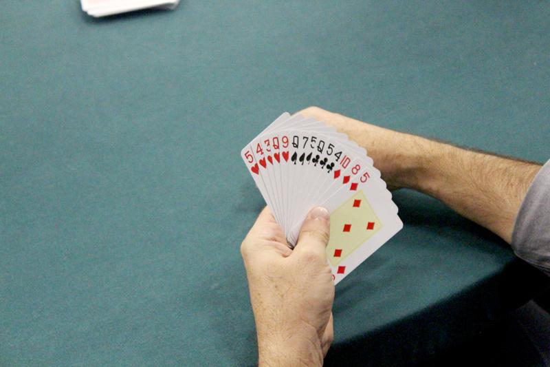 Sócios iniciam disputa pelo Campeonato de Canastras para Casais