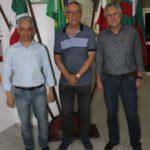 Secretário eleito do Conselho Fiscal Sr. Manoel Vilsionei Menegali Presidente cessante do Conselho Fiscal Sr. Nelson Gaidzinski e Presidente eleito do Conselho Fiscal Sr.