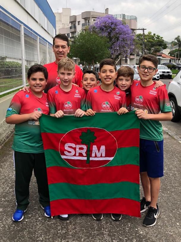 Nadadores do Mampituba de 9 a 12 anos competirão em Curitiba
