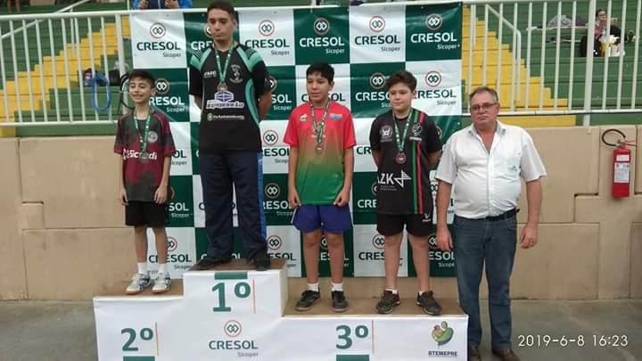 Mampituba/FME conquista nove medalhas no tênis de mesa em Pouso Redondo