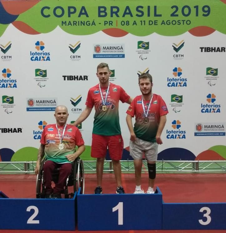Paratletas conquistam ouro, prata e bronze no Paraná
