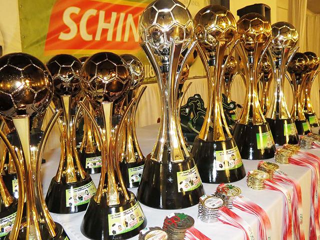 Premiados os times vencedores das Copas de Futebol