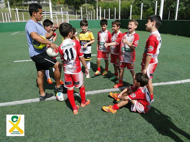 Iniciam aulas da Escolinha de Futebol Mampituba Mais que Vencedores