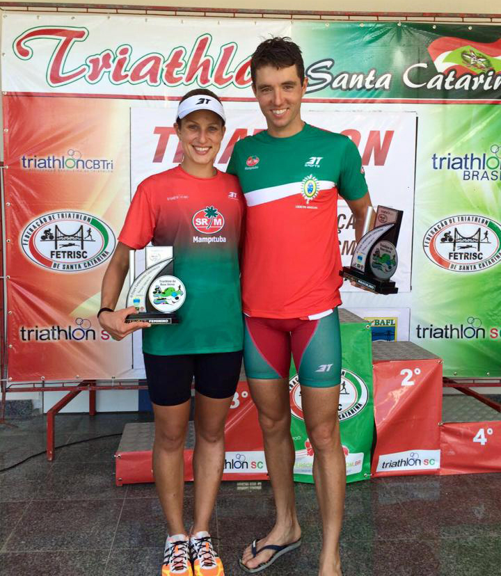 Triatletas conquistam vice-campeonato em Etapa Catarinense