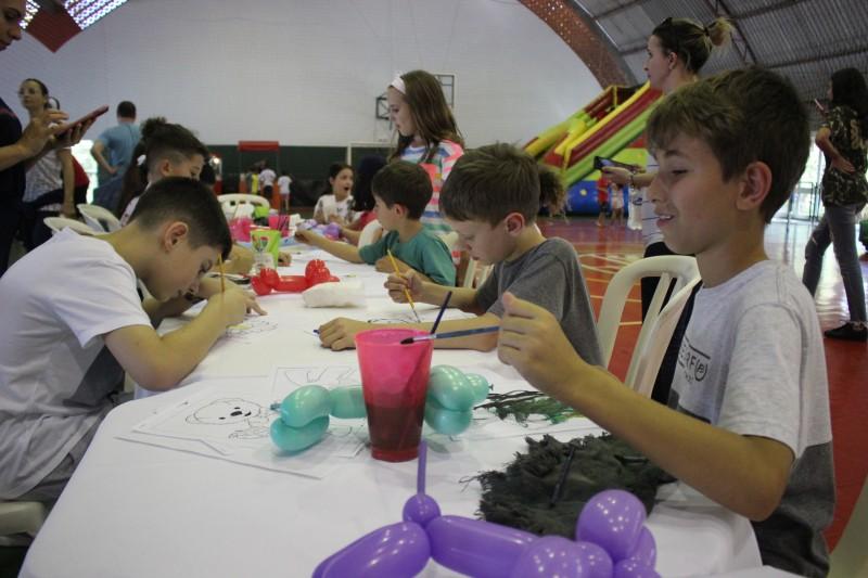 Dia das Crianças foi marcado por muita diversão na S.R. Mampituba
