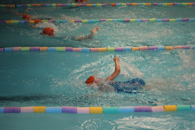 Duas competições de natação movimentam o Mampituba neste sábado