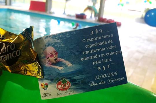 Natação Mampituba promove aula especial em alusão ao Dia das Crianças
