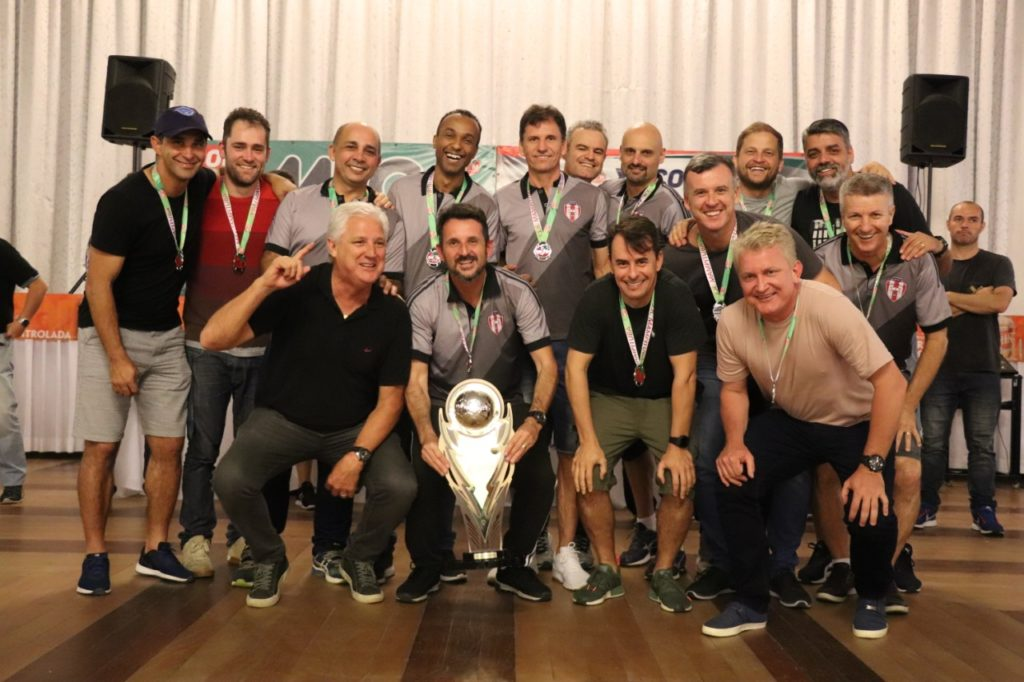 "Old Friends- vice-campeã XV Copa ""Schin-Amaretti Bebidas"" de Futebol Suíço Sênior"
