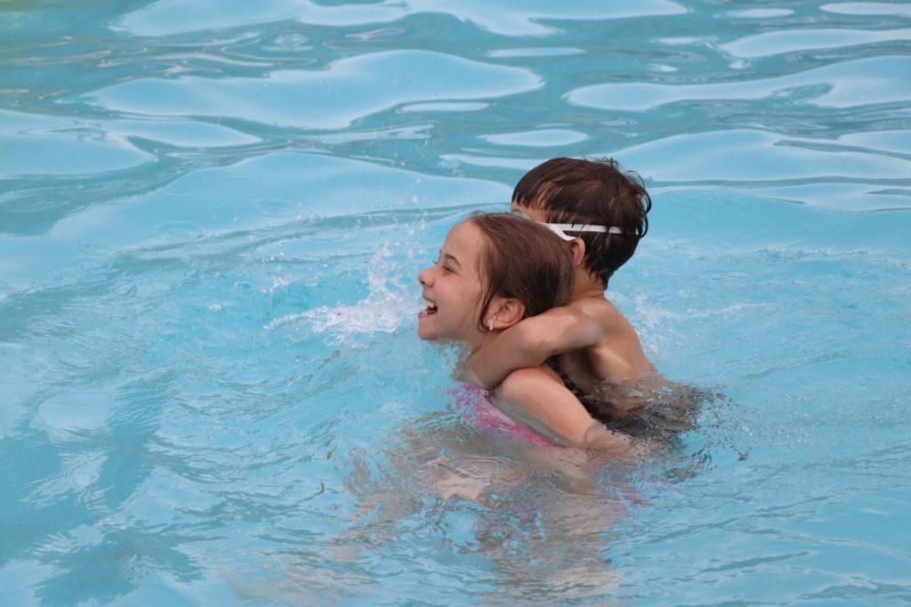 abertura-piscinas-externas-mampi (14)