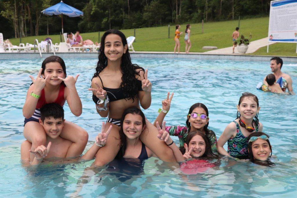 abertura-piscinas-externas-mampi (19)
